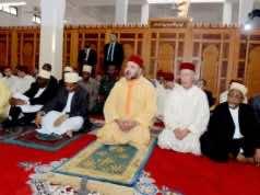 King Mohammed VI Leads Prayers in Achoura Mosque in Zanzibar