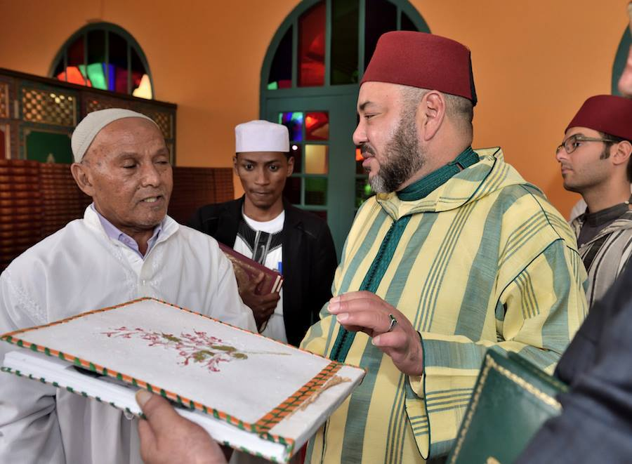 King Mohammed VI Visits Antsirabe Mosque, Names it Mohammed V Mosque