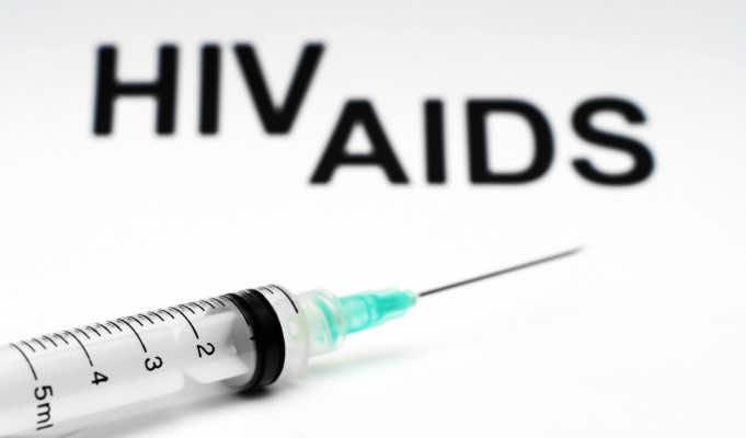 """Superficial"" Moroccan AIDS Awareness Prevents Effective Eradication"