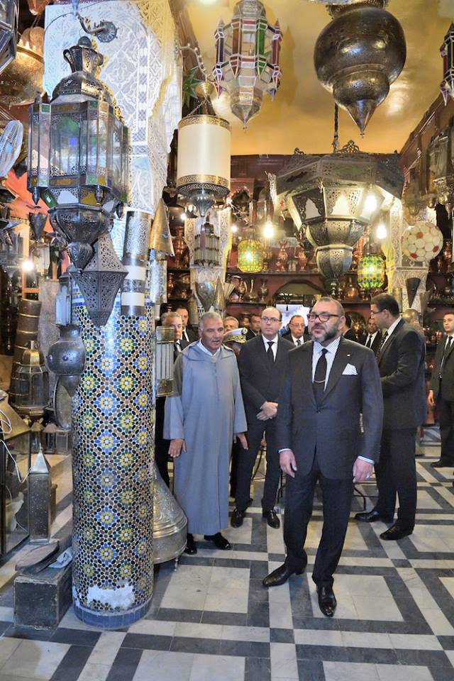 king-mohammed-vi-visits-restored-historical-sites-in-el-mellah-neighborhood-in-marrakech