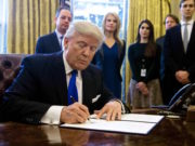 Trump to Sign Executive Order to Block Muslim Immigration to US