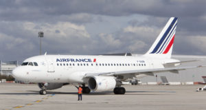 Air France Execute Trump's Anti-Immigration Decree Muslim Ban