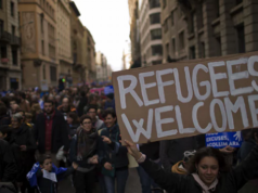 Barcelona: More Than 160,000 Protesters Calling For More Refugees in Spain