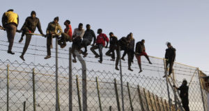Spain Arrests 10 Migrants for Assaulting Guards in Ceuta Border Crossing