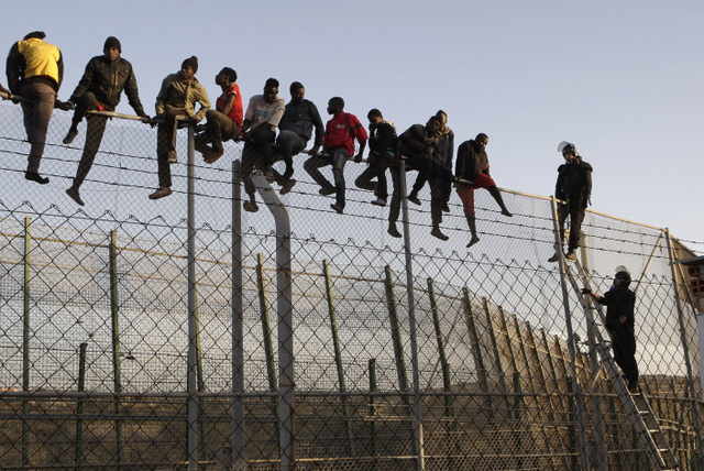 300 illegal migrants storm Morocco, Spain borders