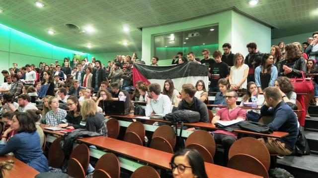 France: Students Denounce Presence of Israeli Ambassador in Their School