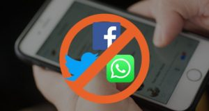Indian Government Bans Social Media in Kashmir