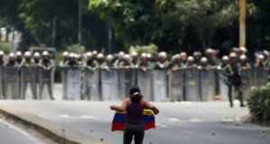 Twelve People Killed in Venezuela in Overnight Violence