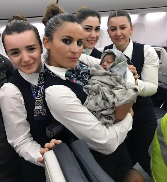 Baby Makes Dramatic entrance to the World at 42,000 Feet