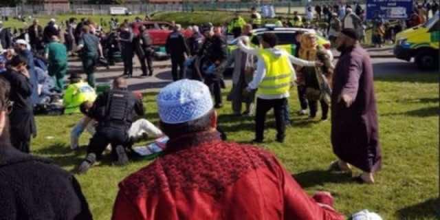 People Injured as Car Crashes Muslims Leaving Eid Prayers in Newcastle