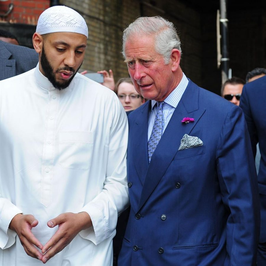 Prince Charles Pays respects to Finsbury Park Muslim Community