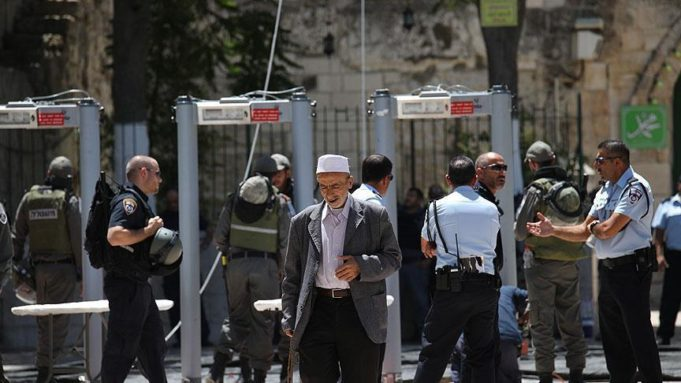 Israel Refuses to Remove Metal Detectors from Al Aqsa Mosque Compound