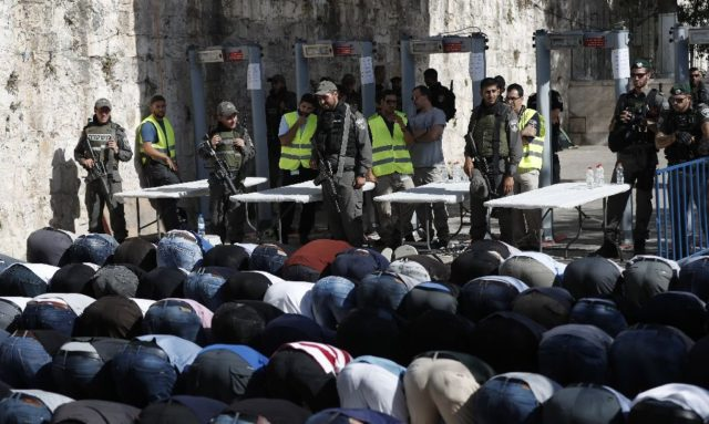Muslim Worshippers Refuse to Enter Re-Opened Al Aqsa Mosque