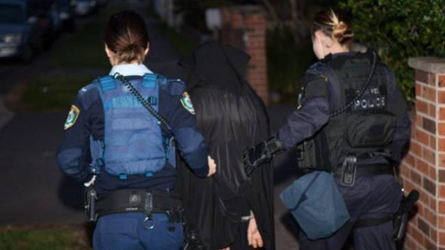 Belgian Woman Believed to Be of Moroccan Origin Arrested in Greek for 'Extremism'