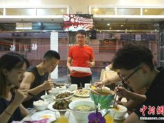 Chinese Restaurant Owner Makes Fortune in Morocco