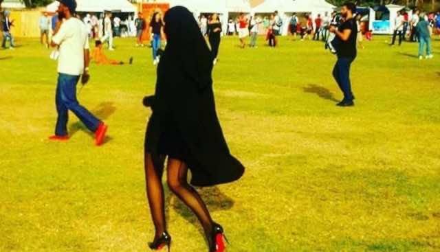 Woman Wearing Burqa Skirt Shocks Casablanca Festival, L'boulvard, Buka, Mini Burqa