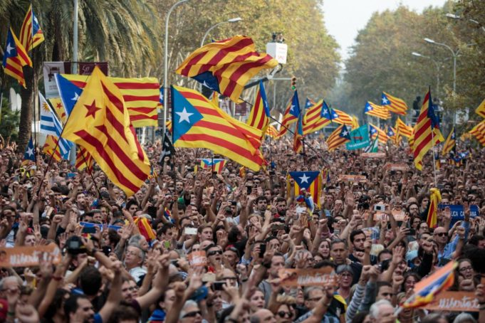 Catalan Parliament Declares Independence, PM Pledges to Restore 'Rule of Law'