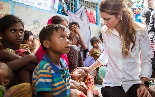 Jordanian Queen Rania Visits Rohingya Refugee Camps, Says Intl. Community Must 'End Their Suffering'