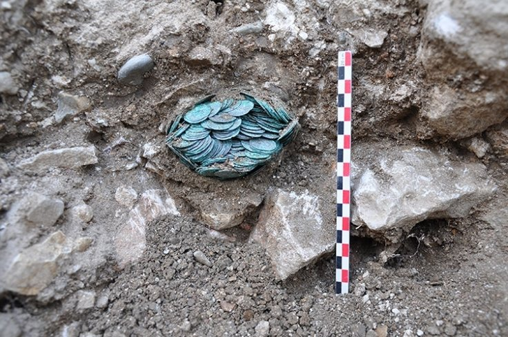 Archaeologists Dig Up Medieval Moroccan Treasure Trove in French Abbey