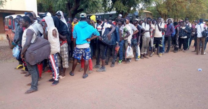 Algeria Hardens Immigration Policy, Deports Hundreds of sub-Saharan Migrants