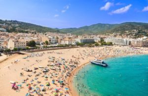 Moroccans Spent MAD 15.7 Billion on Foreign Travel in 2017