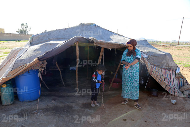 Mother of Four Lives in A Tent for Seven Years