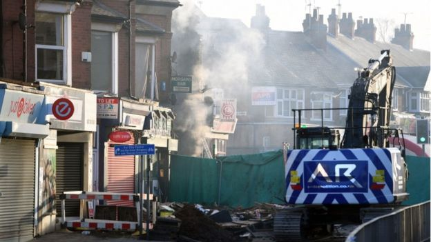 Explosion Destroys Shop in Leicester, Kills 5