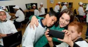 Princess Lalla Hasnaa Visits 'Al Masjid' Eco-School in Ain Aouda