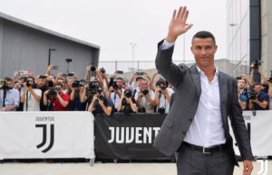 Ronaldo Arrives in Turin for Medical Tests