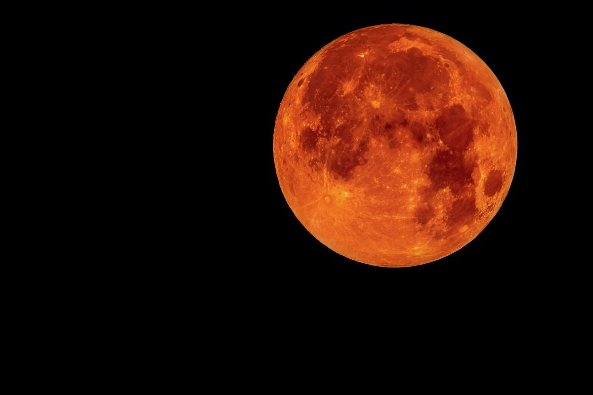 'Blood moon' dazzles skygazers in century's longest lunar eclipse