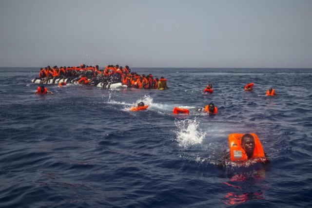 Spain Rescues Hundreds of Migrants from Gibraltar Strait over Weekend
