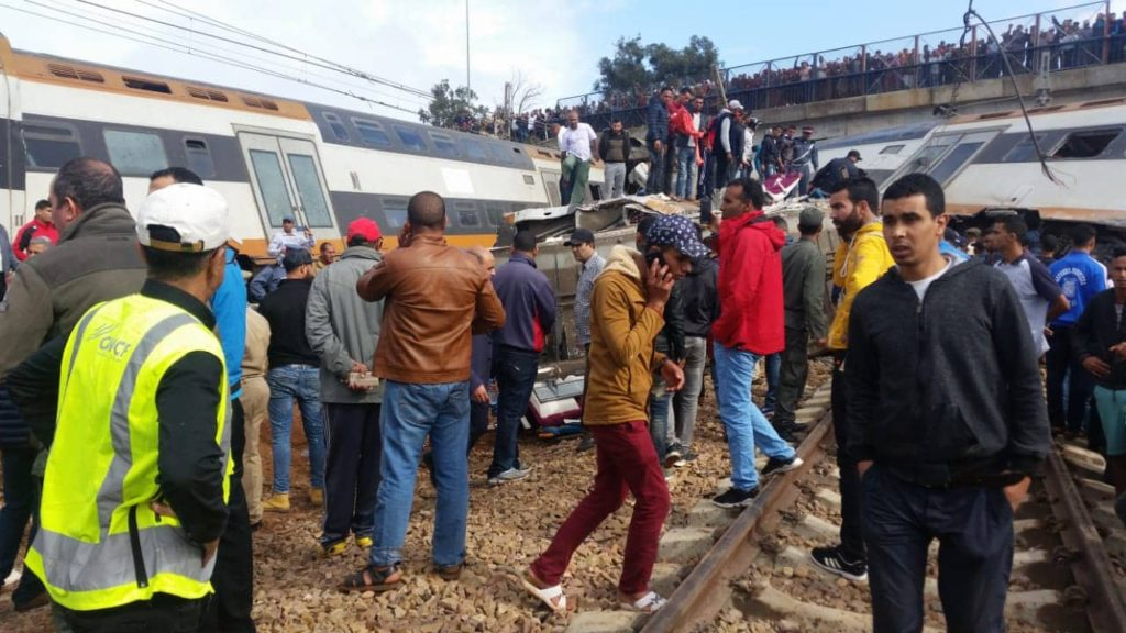 An ONCF train has derailed near Bouknadel between Rabat and Kenitra this morning, killing as many as five people.