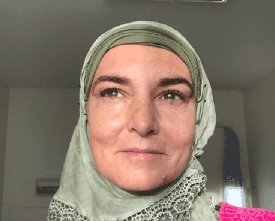 Irish Singer Sinead O'Connor Converts to Islam