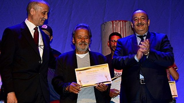 'Camouflage' Play Wins 4 Awards at Marrakech Theater Festival