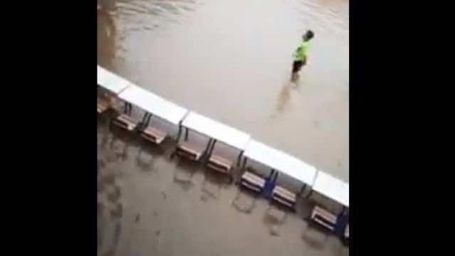 Video: Heavy Rain Floods Streets, buildings in Morocco's Laayoune