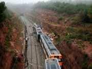 Train Derails in Spain, Kills 1, Injures Dozens