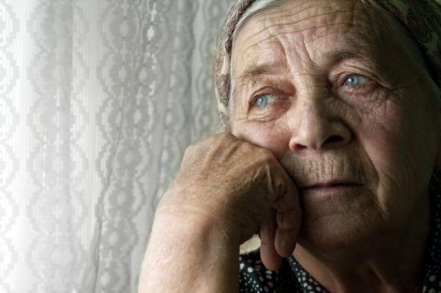 Study: 100,000 Moroccans Live with Alzheimer's Disease