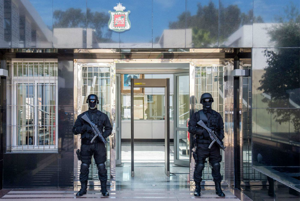 Morocco's Central Bureau of Judicial Investigation (BCIJ) dismantled a new terror cell of eight members in Tangier on Friday morning.