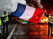 France's Yellow Vests Dismiss Government Request to Stop Protests After Strasbourg Attack