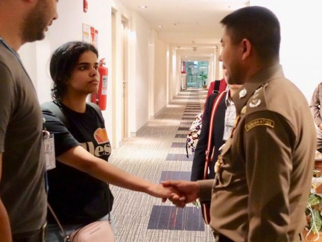 Thailand Promises Not to Send Saudi Girl Escaping Family Back Home