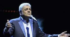 AMDH Accuses HACA of 'Unbalanced' Coverage of Enrico Macias Concert