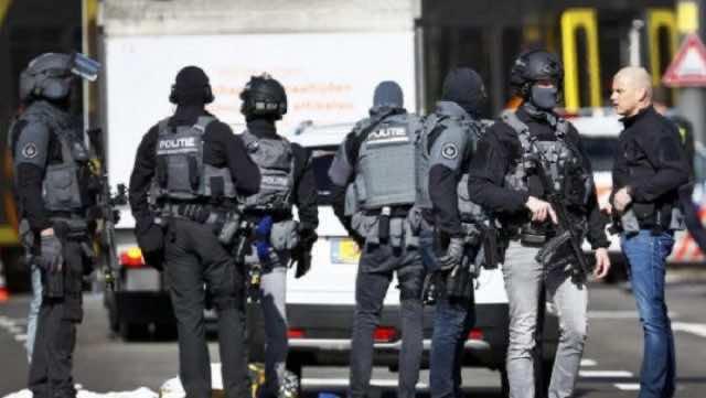 Police at Utrecht shooting scene.
