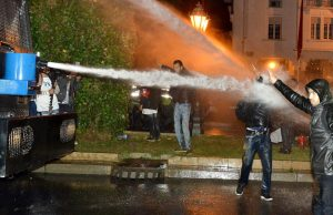 Moroccan Interior Ministry Condemns Contractual Teachers Midnight Protest