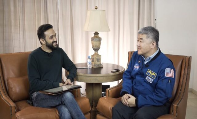 Moroccan YouTuber Interviews US NASA Astronaut
