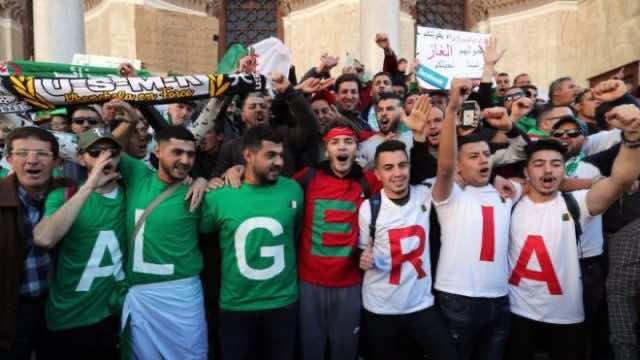 Algeria Risks Economic Crisis Amid Political Turmoil