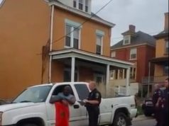 American Man in Pennsylvania Uses Moroccan Flag to Resist Police Officers