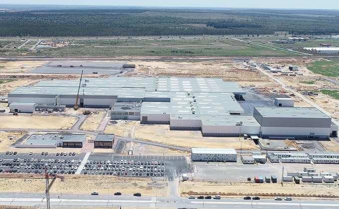 The Japan Times Praises Morocco's Development Model, Stability, Royal Vision