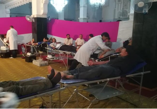 The CNTSH team collects blood at a mosque in Oujda, in northern Morocco. Photo credit: CNTSH.