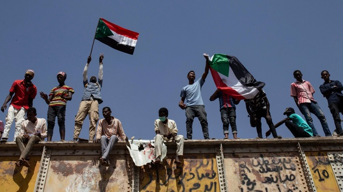 Sudanese Protesters Turn to Civil Disobedience Following Military Crackdown
