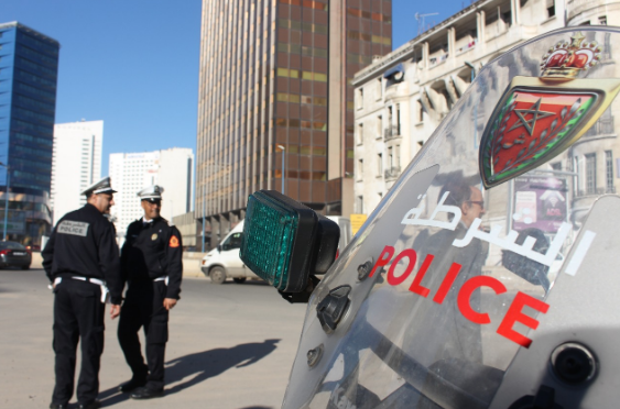 Man With Knife Assaults Law Enforcement Officer in Casablanca